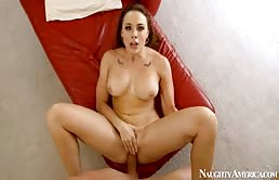 Una chiavata arrapante con la bella Chanel Preston