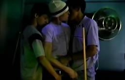 Orgia di sesso orale con dei giovani gay